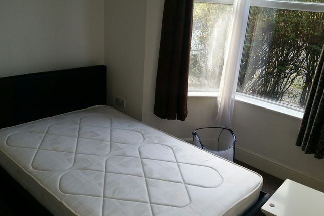 Thumbnail Shared accommodation to rent in Abbeydale Road, Sheffield