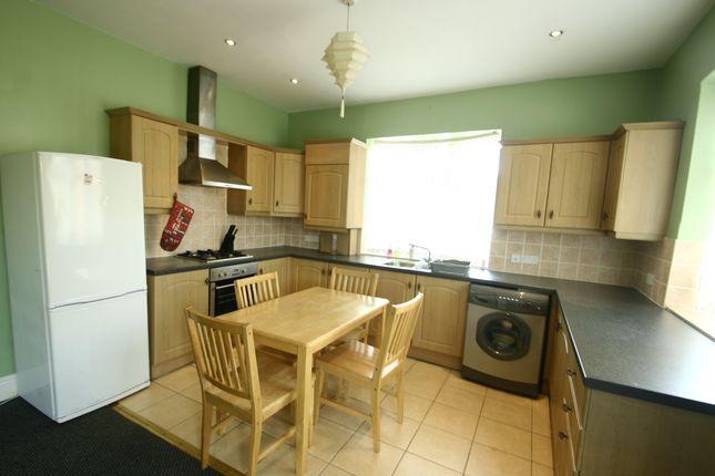 4 bed detached bungalow to rent in Debdon Gardens, Heaton NE6