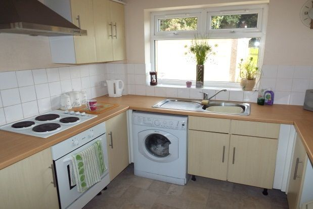 Thumbnail Property to rent in Kingshill Avenue, Collier Row, Romford