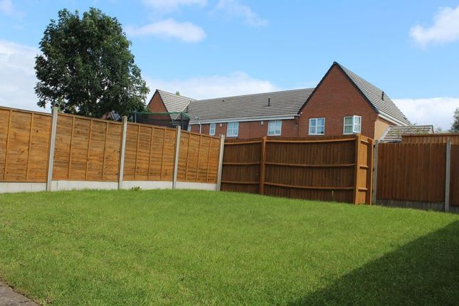 Photo 15 of York Crescent, West Bromwich B70