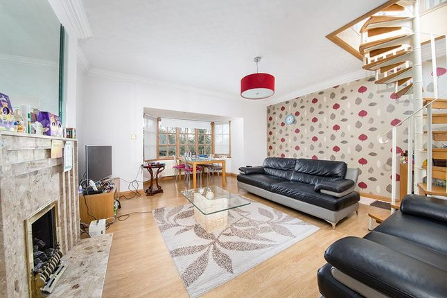 Thumbnail Flat to rent in The Grove, Gosforth, Newcastle Upon Tyne