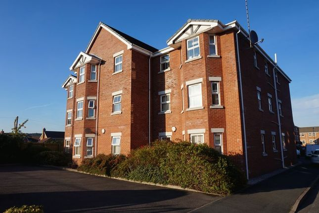 Thumbnail Flat to rent in Fairfax Close, Biddulph, Stoke-On-Trent