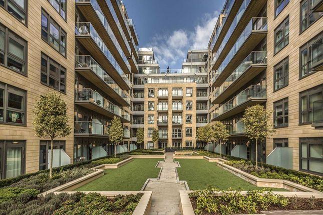 Thumbnail Flat to rent in Longfield Avenue, London