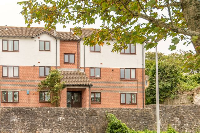 2 bed flat to rent in St. Michaels Close, Mutton Cove, Devonport, Plymouth PL1