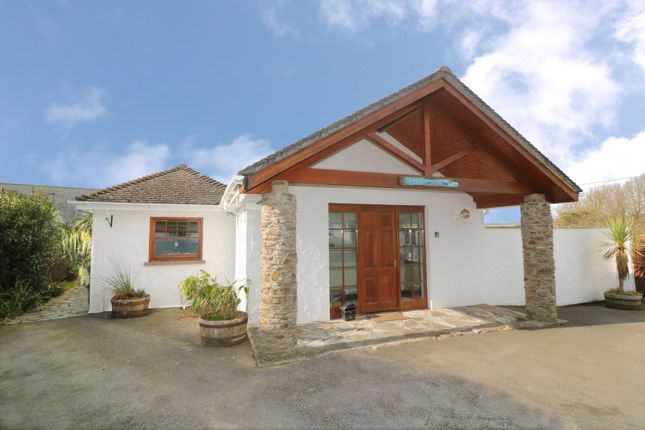 5 bedroom detached house for sale in St. Helens Close, Croyde, Braunton