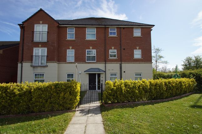 Thumbnail Flat for sale in Roseway Avenue, Cadishead, Manchester