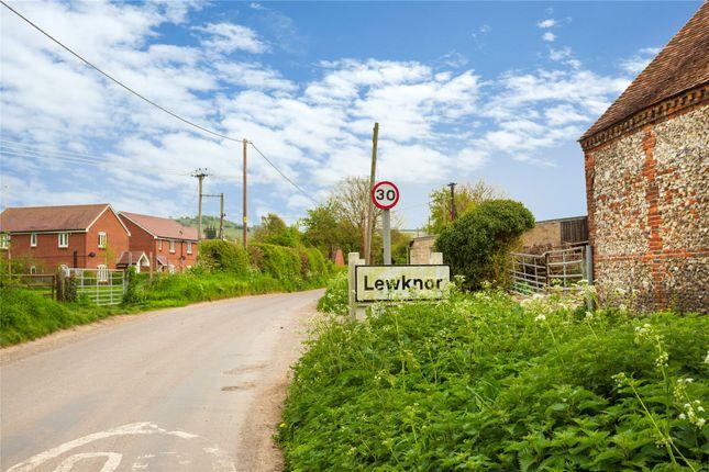 Picture No. 02 of Lewknor, Watlington, Oxfordshire OX49