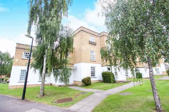 Thumbnail Flat for sale in Leigh Hunt Drive, London