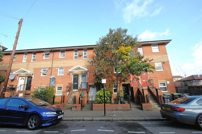 Thumbnail Maisonette to rent in Tynemouth Road, London