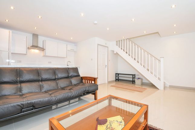 Thumbnail Detached house to rent in Firs Wood Close, Northaw, Potters Bar