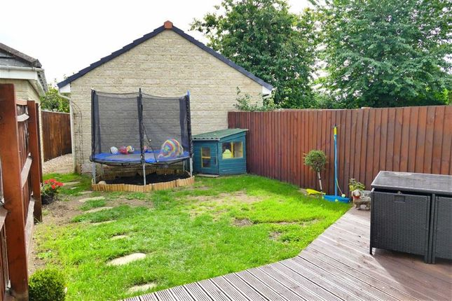 Thumbnail Semi-detached house for sale in Springfield Drive, Calne, Calne