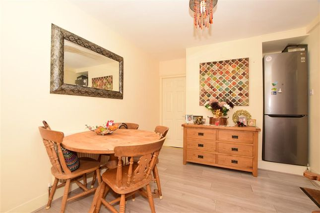 Diner/ Living Area