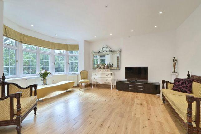 Thumbnail Flat to rent in Heysham Lane, London