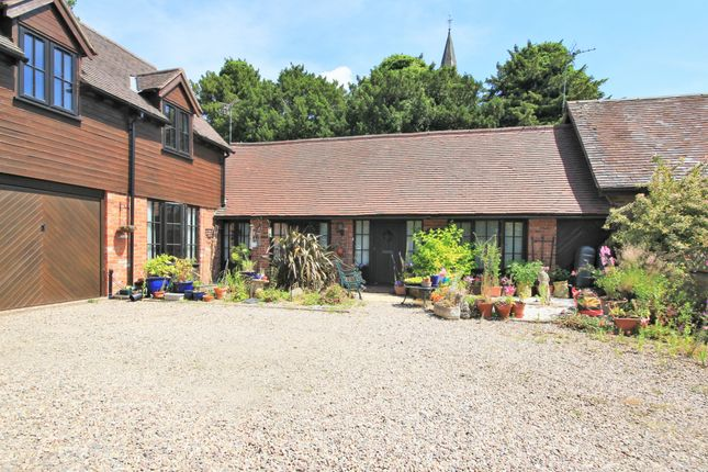 Thumbnail Barn conversion to rent in The Village, Clifton-On-Teme, Worcester