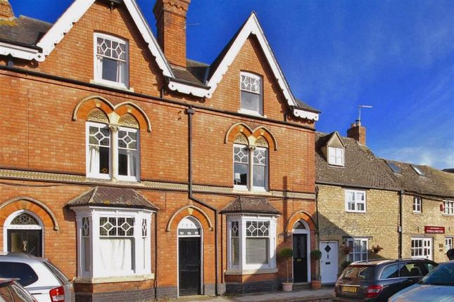 Thumbnail Property for sale in High Street, Woodstock