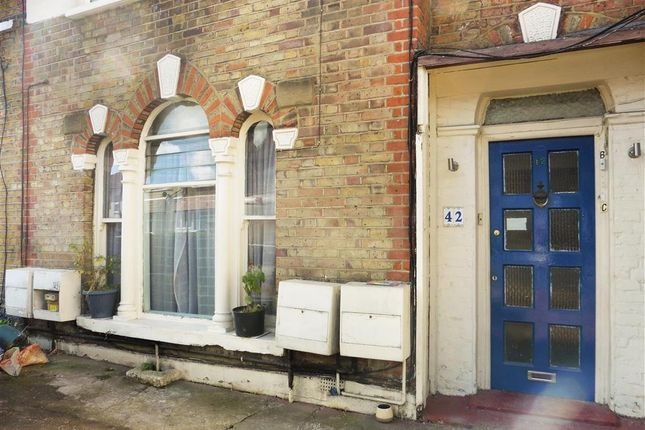1 bed flat for sale in Vicarage Road, Leyton, London