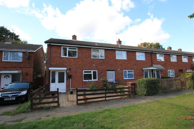 Thumbnail Terraced house to rent in Fawcett Road, Stevenage, Hertfordshire