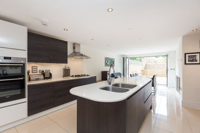 Thumbnail Semi-detached house for sale in Crescent Road, New Barnet