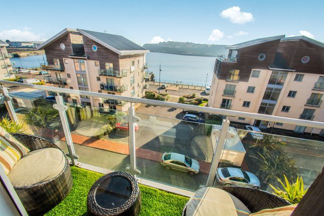 Thumbnail Penthouse for sale in Glanfa Dafydd, Barry