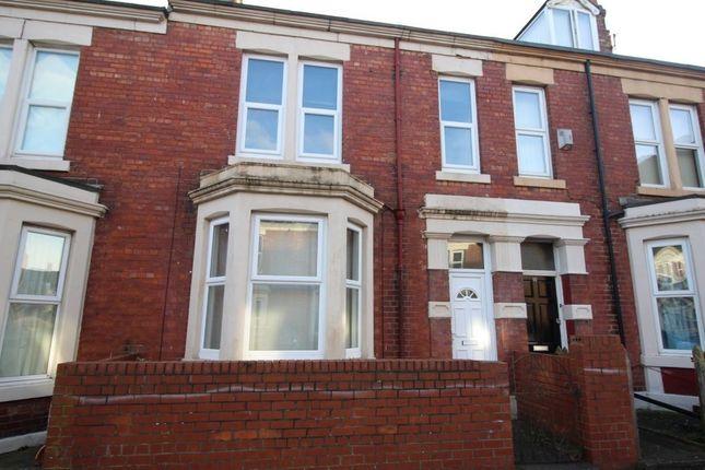 Thumbnail Terraced house to rent in Mundella Terrace, Heaton, Newcastle Upon Tyne