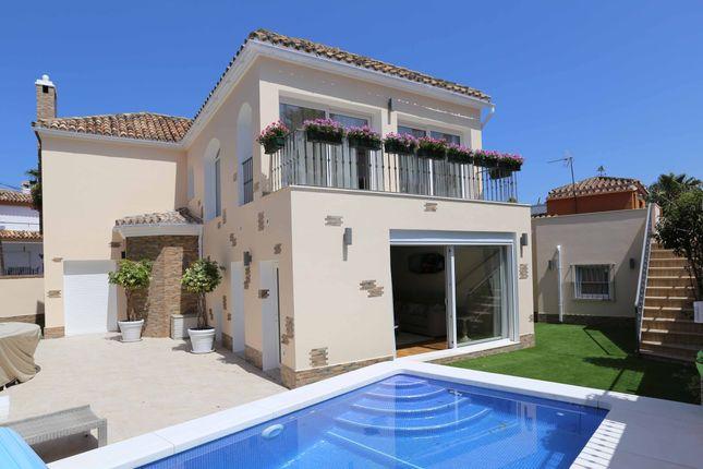 Thumbnail Villa for sale in Av Del Los Angeles, Marbella, Málaga, Andalusia, Spain