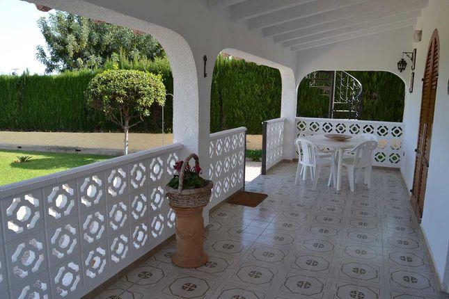 Porch Ras18-669 of L'alter, Picassent, Valencia (Province), Valencia, Spain