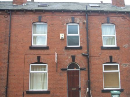 Thumbnail Terraced house to rent in Branksome Place, Hyde Park, Leeds