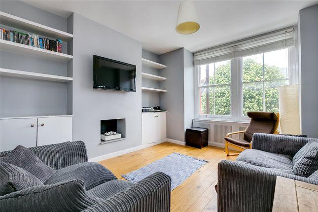 Thumbnail Maisonette to rent in Collingbourne Road, London