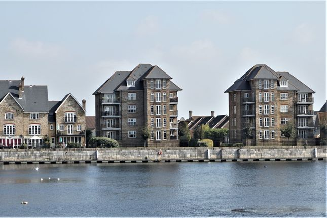 Thumbnail Flat for sale in Sandling Way, Chatham
