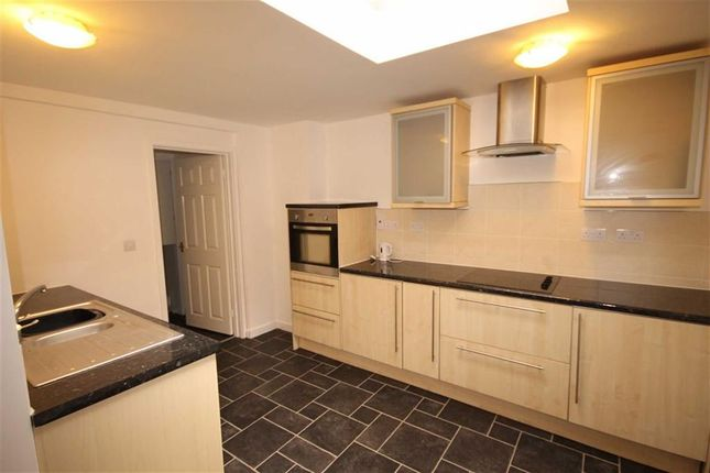 Thumbnail Flat to rent in The Butts, Chippenham