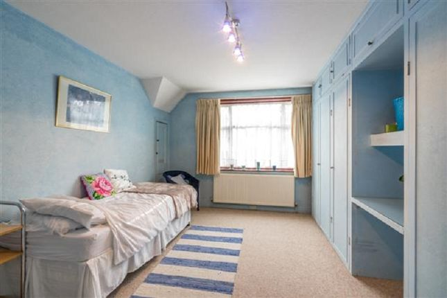 Bedroom 2 of Kings Drive, Edgware, Greater London. HA8
