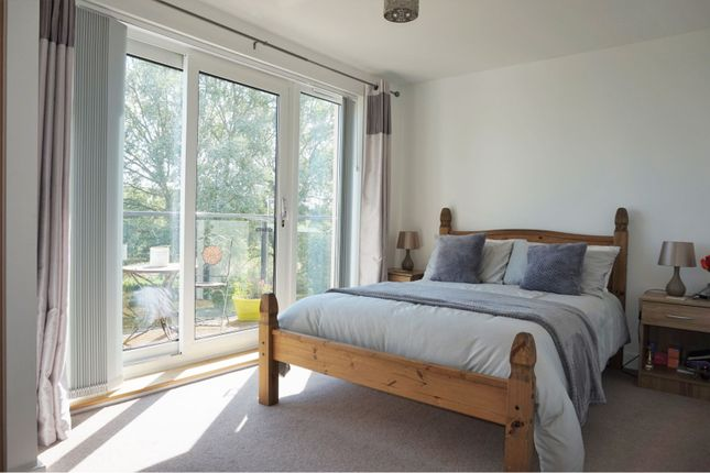 Master Bedroom of Firepool View, Taunton TA1