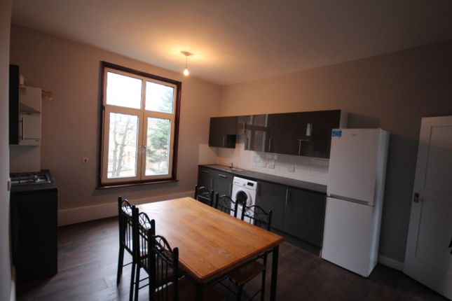 Thumbnail Flat to rent in High Road, Stamford Hill