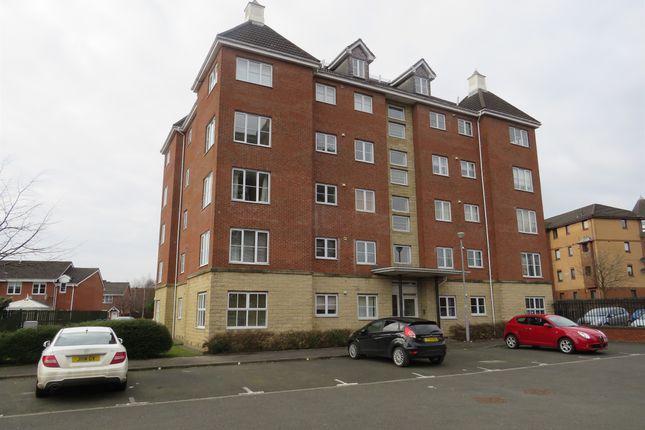 Thumbnail Flat for sale in Benn Avenue, Paisley