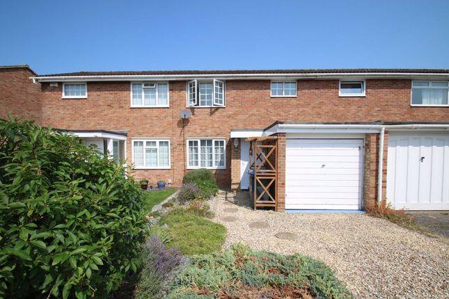 2 bed terraced house to rent in Baydon Close, Trowbridge, Wiltshire BA14
