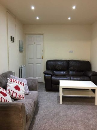 Living Area of Tennyson Avenue, Canterbury, Kent CT1