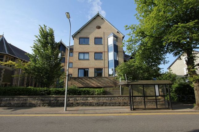 Flat for sale in Stanwell Road, Penarth