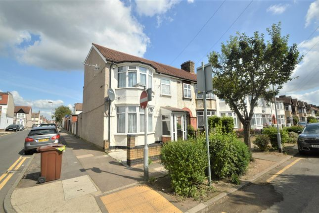Thumbnail Property for sale in Netherfield Gardens, Barking