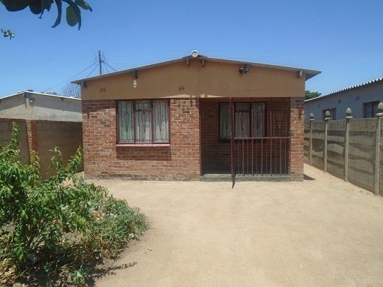 Thumbnail Detached house for sale in Bulawayo, Bulawayo, Zimbabwe