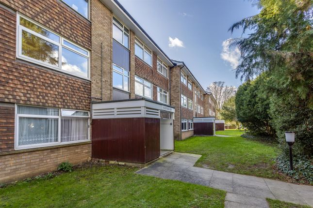 Thumbnail Flat for sale in Glyndale Grange, Mulgrave Road, Sutton