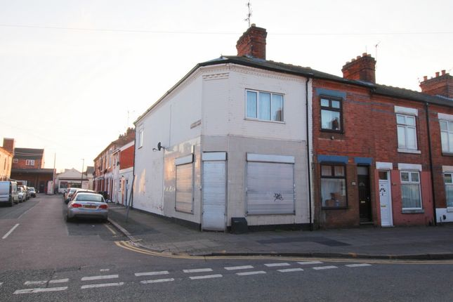 Thumbnail Property to rent in St Saviours Road, Leicester