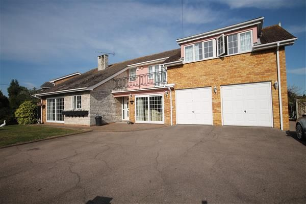 Thumbnail Property for sale in Dumont Avenue, St. Osyth, Clacton-On-Sea