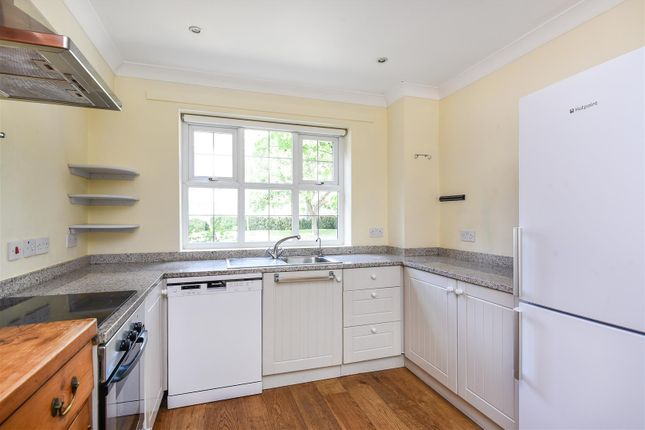 Kitchen of Cunliffe Close, Summertown, Oxford OX2