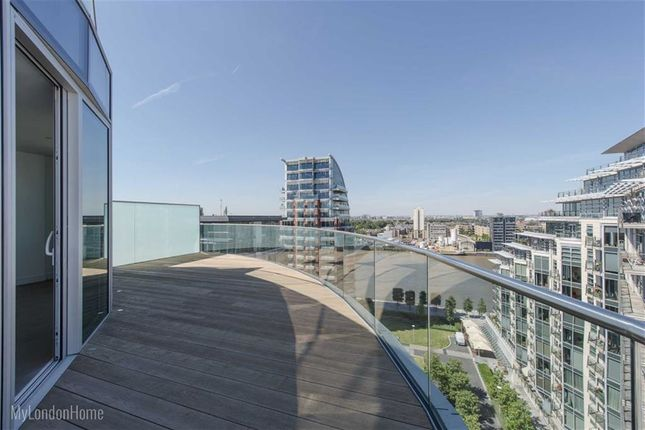Thumbnail Flat for sale in Pinnacle House, Wandsworth, London