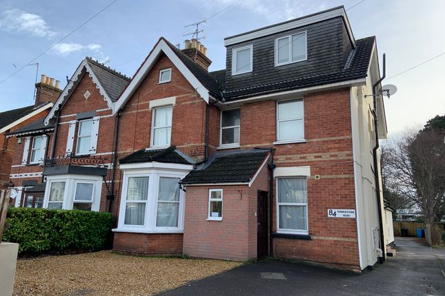 Thumbnail Flat to rent in Parkstone Road, Poole