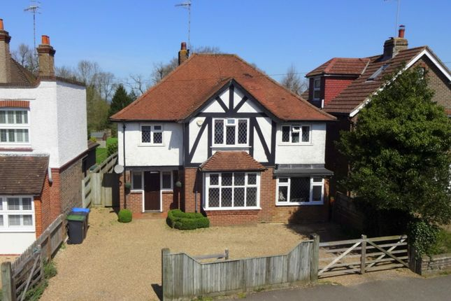 Thumbnail Detached house to rent in Cranston Road, East Grinstead