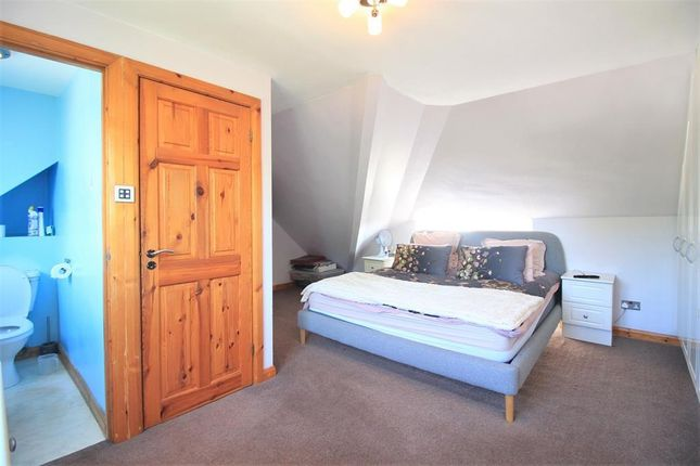 Bedroom of Ellington Road, Hounslow TW3