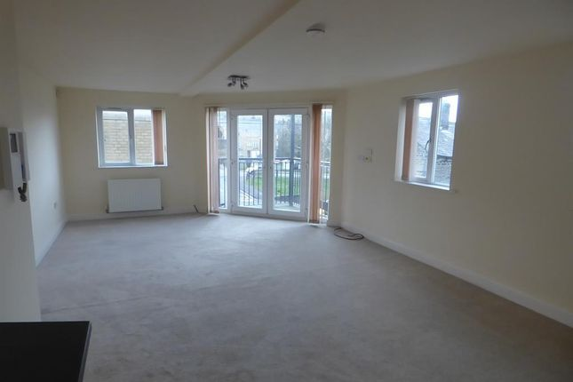 Lounge of Winchester Court, West View Road, Boothtown HX3