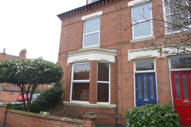 Thumbnail Semi-detached house to rent in Beacon Road, Loughborough