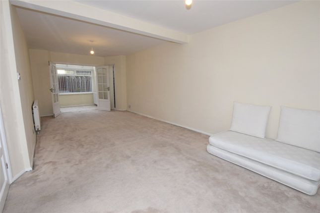 Thumbnail Parking/garage to rent in Waltham Drive, Edgware, Middlesex